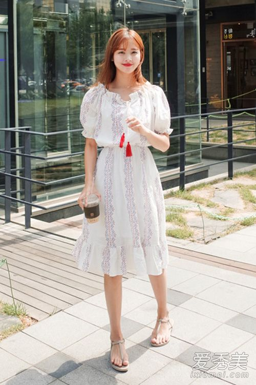 民族风连衣裙 夏天穿出清新气质