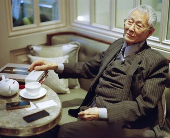 一代宗师何藩去世 因肺炎恶化在加州病逝享年84岁