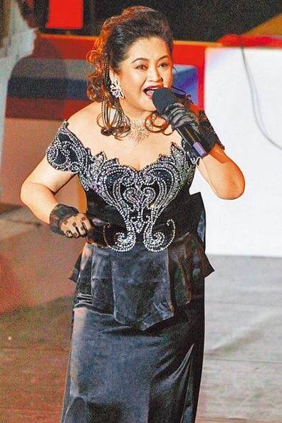70岁女歌手孔兰薰