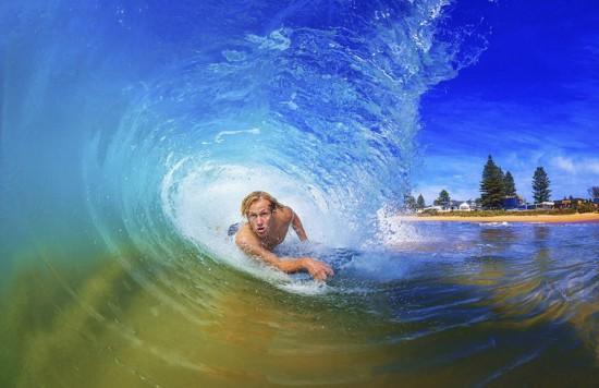 澳大利亚冲浪摄影师独特角度拍浪花 美轮美奂(图)【5】