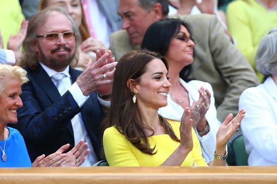 凯特王妃现身温网 网友:带乔治小王子来了吗?
