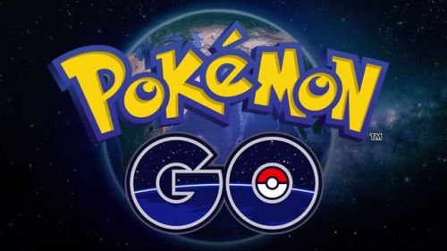 最火游戏Pokemon Go教程:扔出精灵球抓住皮卡