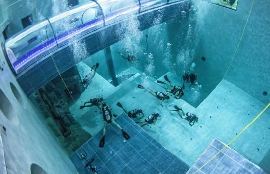 潜水胜地!意大利40米深游泳池成世界之最