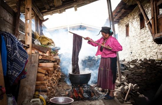 纪实照片揭不丹游牧民族神秘面纱(组图)