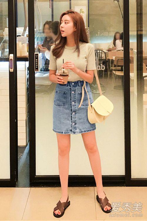 夏天必备牛仔裙 牛仔半身裙如何搭配 牛仔半身裙搭配