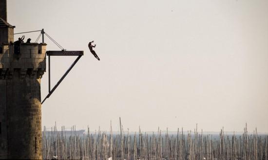 英男子勇夺法户外高台跳水三连冠