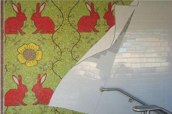 Rita MacDonald的作品《明显在这儿》(Here Apparent),位于M大道站,创作于2011年。图片:Courtesy of the MTA
