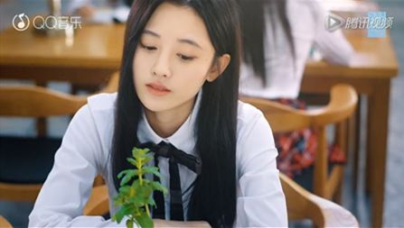 SNH48第三届人气总选将开幕 目前票数鞠婧�t第一