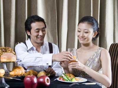 喜欢吃滚烫的食物 揭秘8大致癌饮食恶习