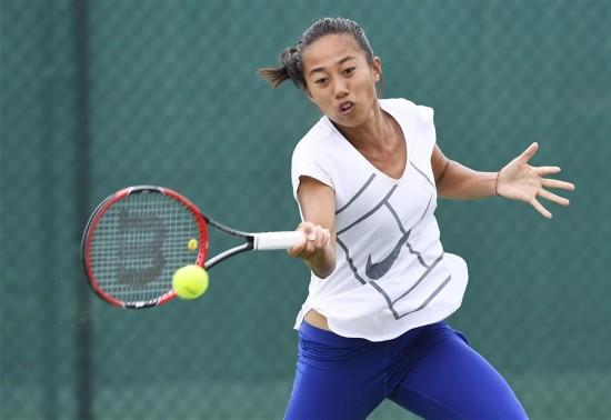 组图:中国女子网球队展开赛前训练