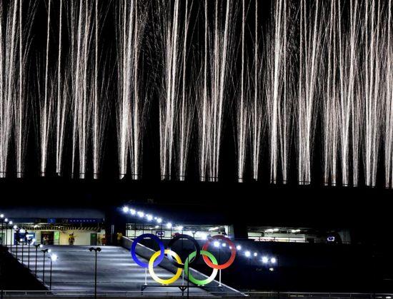 组图:里约奥运会开幕式上的美丽焰火