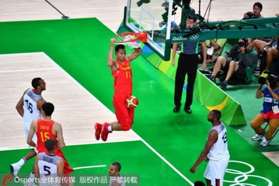 易建联 中国/易建聯本場砍下全場最高的19分,連續兩場比賽奪得全場最高分。