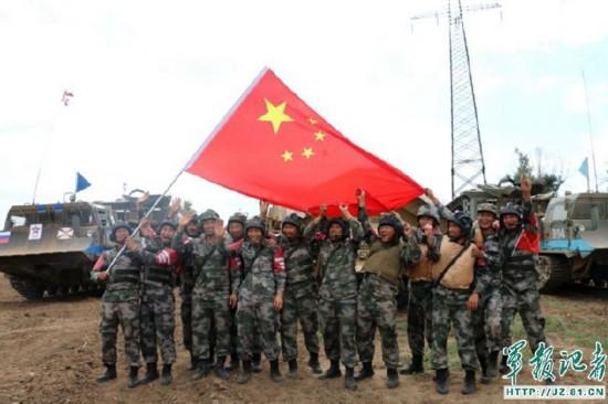 国际军事比赛临近尾声 我军参赛官兵表现出色