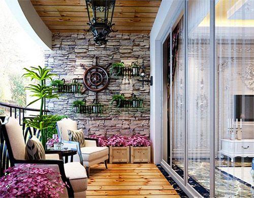 客厅阳台罗马柱护墙板