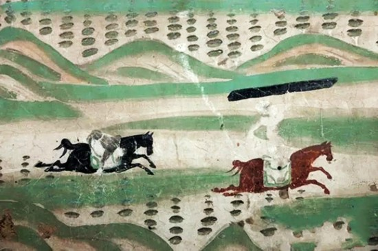 Ancient sport games in Dunhuang frescoes