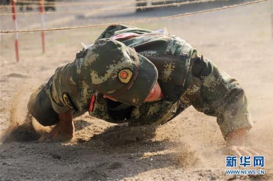 直击:武警军事技能大比拼