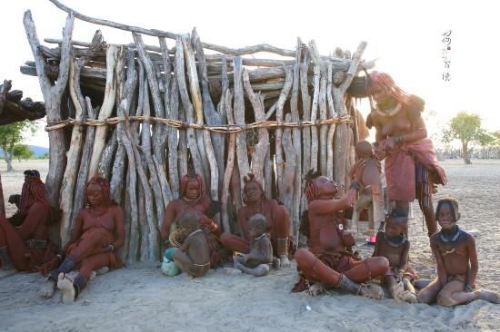 非洲女人全棵图片