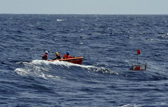 """""""彩虹鱼""""万米级着陆器在新不列颠海沟""""海底蹲点调查""""(图)"""