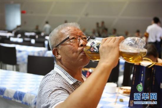 大连举办俄罗斯啤酒文化节