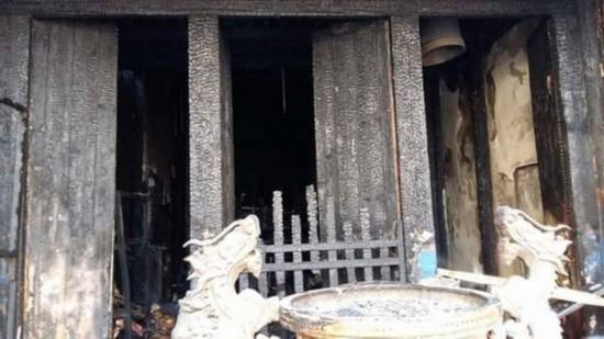 台鹿港凤山寺大火 全台保存年代最早的交趾陶被烧毁
