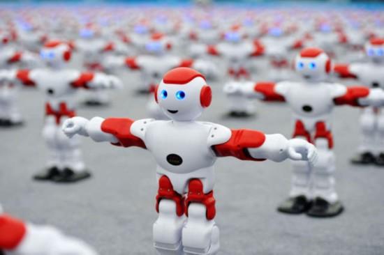 机器人带表情 人类更欢迎