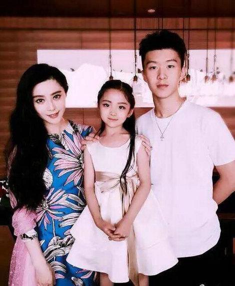范冰冰与弟弟同框引热议 韩国明星姐弟高颜值逆天【组图】