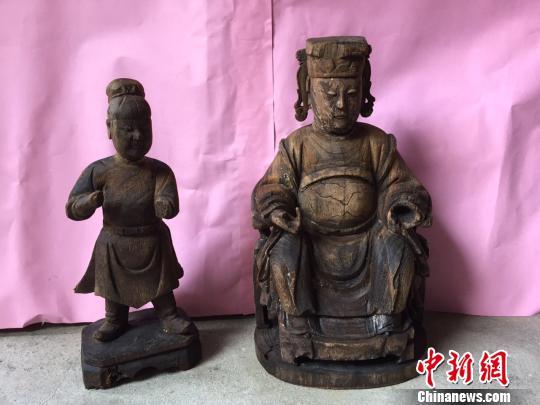 福建松山小渔村百年古井发现清早期木雕妈祖(图)