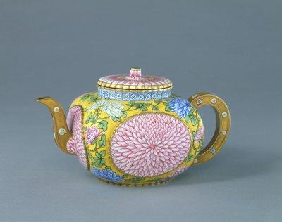 古代陶瓷菊花纹样