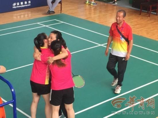 渭南女子打羽毛球得第一却成亚军 成绩被篡改