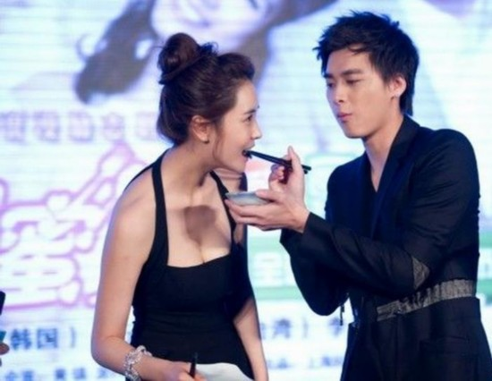 李易峰前女友美照公开,她是李易峰唯一承认过的女人!