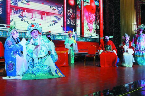 苏北地方传统淮剧《金殿认子》在盐城盐都上演