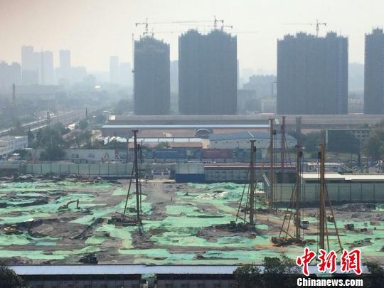郑州数十家房企项目违法被查个别楼盘顶风叫卖
