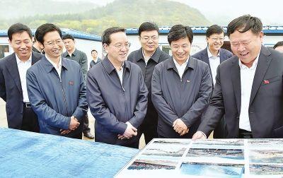 蒋超良调研时强调构建向南开放新通道新平台新窗口