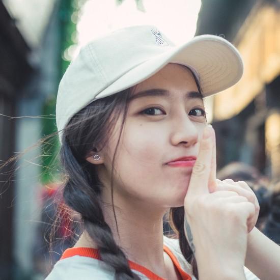 """国美漆艺专业妹纸""""美得上天"""" 网友:不输女星"""