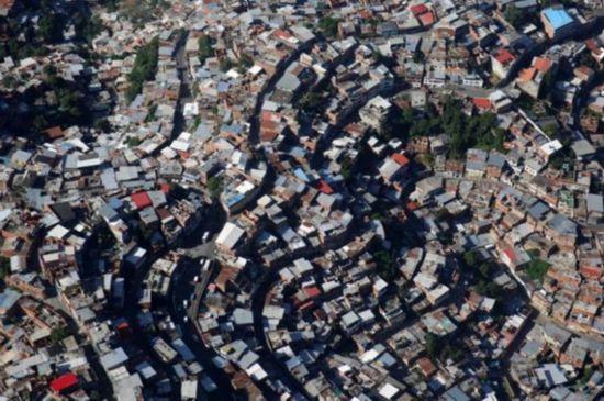 世行:全球贫困人口大幅下降 中国等亚太国家贡献大