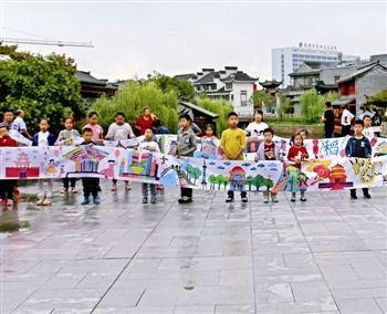 泰州国庆假期红色旅游景区人气旺 海纪馆尤甚