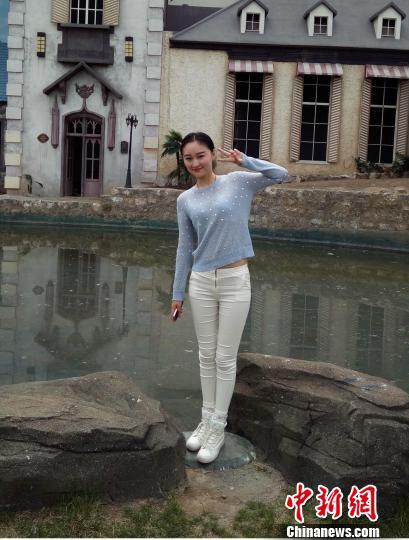 山西23岁北影女孩患癌 星动力篮球队用球赛募捐善款