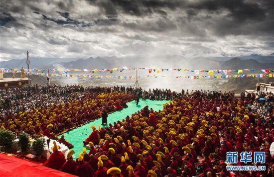 藏传佛教格鲁派最大寺院哲蚌寺举行建寺600周年庆典