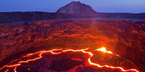 震撼!地球极端地貌造就惊人景观似外星(组图)