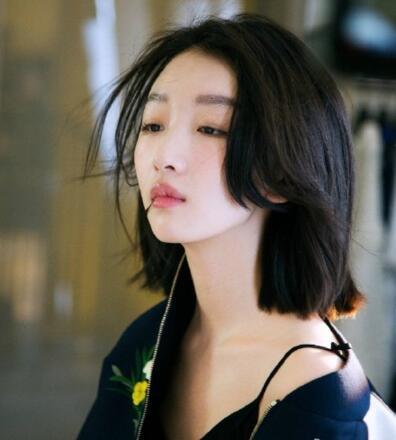 八公举:日本女生们去染了黑色头发…都要开始拼气质了好紧脏!