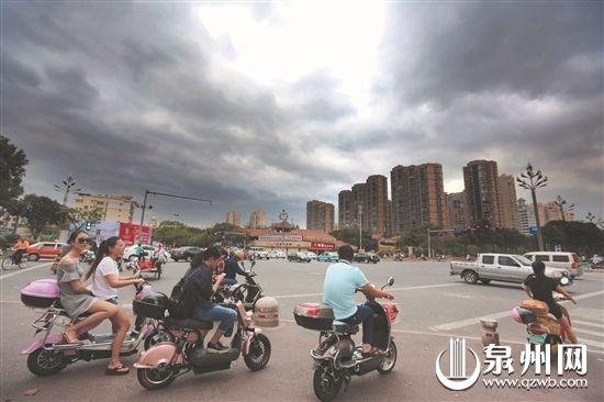台风 海马 或在闽粤登陆 未来三天泉州风力大