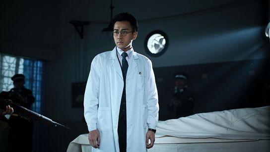 刘恺威《蜂鸟》热血上线 双重身份演绎爱国医生