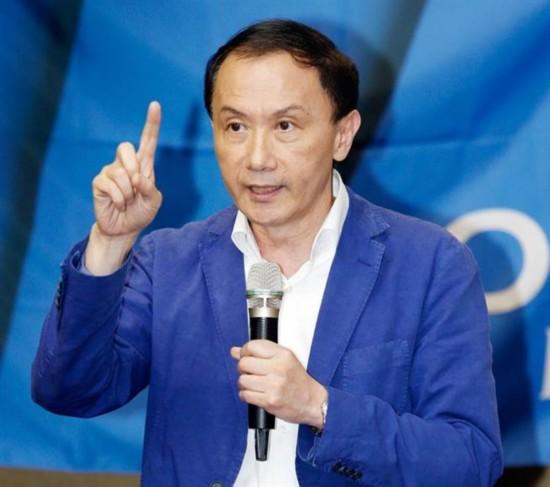 """国民党:蔡英文推""""法理台独""""逼着台湾被急统"""