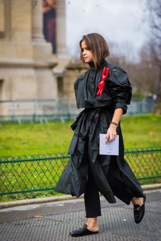这个秋冬能不能成为时尚icon就看有没有一双毛绒单品