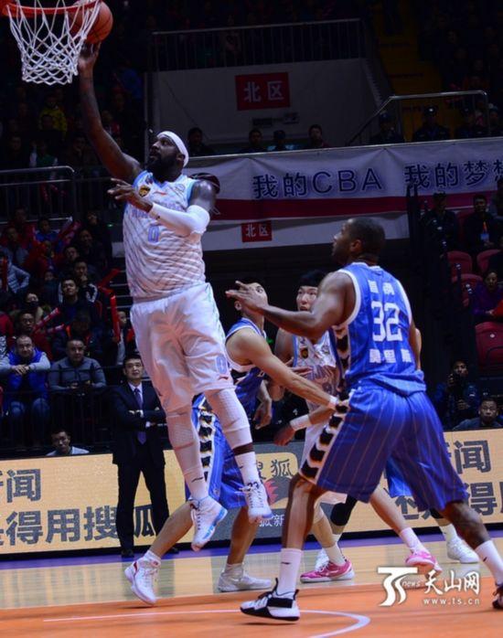 CBA首轮新疆队拿下北京队迎开门红(图)