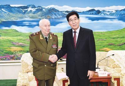 巴音朝鲁在长春会见俄罗斯军事科学院代表团一行