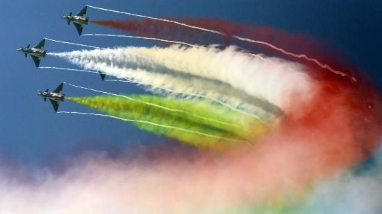 聚焦珠海航展:一场天空中的视觉盛宴
