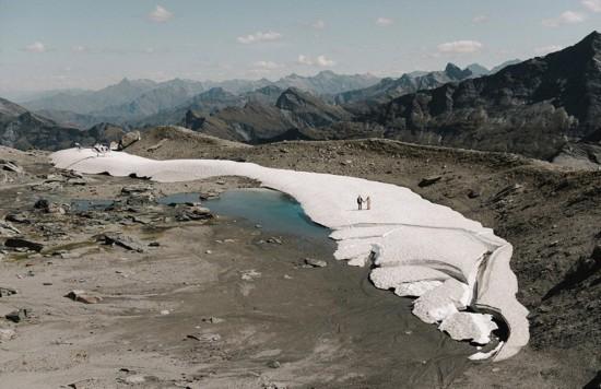 新西兰摄影师拍唯美雪山婚纱照