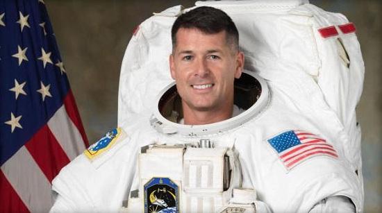 """""""缺席""""选民:美国宇航员在太空完成大选投票"""