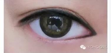 4种不完美眼型,靠眼线就可以拯救!